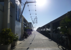 Port Olimpic, a path less travelled
